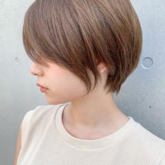 ショートヘア ひし形シルエット ショートボブ ナチュラル ヘアスタイルや髪型の写真・画像