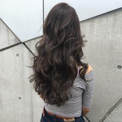 グラデーションカラー ロング ゆるふわ 外国人風 ヘアスタイルや髪型の写真・画像