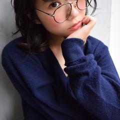 ピュア ミディアム 暗髪 前髪あり ヘアスタイルや髪型の写真・画像