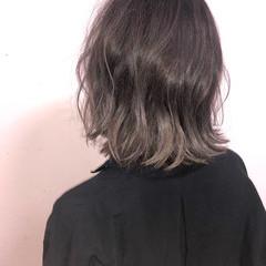 アウトドア パーマ デート ストリート ヘアスタイルや髪型の写真・画像