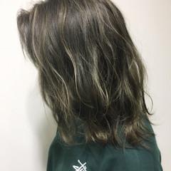 ハイライト ミディアム ナチュラル 外国人風 ヘアスタイルや髪型の写真・画像
