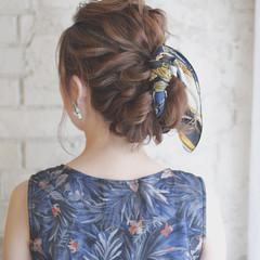 簡単ヘアアレンジ ハイライト 夏 ミディアム ヘアスタイルや髪型の写真・画像