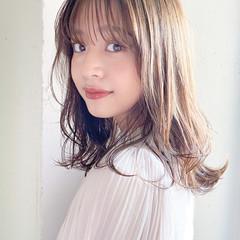 セミロング デート 大人かわいい ナチュラル可愛い ヘアスタイルや髪型の写真・画像