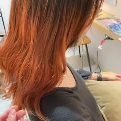 アプリコットオレンジ オレンジベージュ ガーリー パーマ ヘアスタイルや髪型の写真・画像