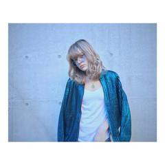 セミロング ハイライト ストリート 外国人風 ヘアスタイルや髪型の写真・画像