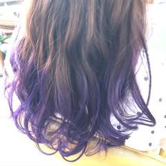 ブリーチカラー ロング ヴァイオレット グラデーションカラー ヘアスタイルや髪型の写真・画像