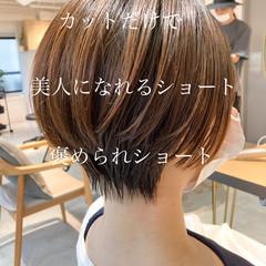 ストレート ショート アンニュイほつれヘア 大人かわいい ヘアスタイルや髪型の写真・画像