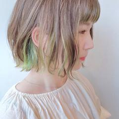 波ウェーブ オシャレ ショートバング バレイヤージュ ヘアスタイルや髪型の写真・画像