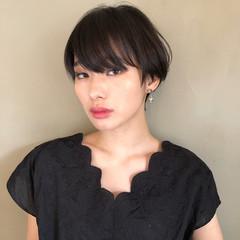 ショートヘア ナチュラル ショート マッシュショート ヘアスタイルや髪型の写真・画像