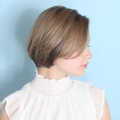 ナチュラル インナーカラー ショートヘア ボブ ヘアスタイルや髪型の写真・画像