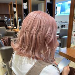 ハイトーン ボブ 韓国 ブリーチ ヘアスタイルや髪型の写真・画像