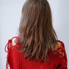 ゆるふわパーマ デジタルパーマ パーマ レイヤー ヘアスタイルや髪型の写真・画像