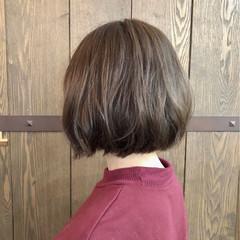 切りっぱなし ボブ ナチュラル ゆるふわ ヘアスタイルや髪型の写真・画像