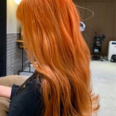 ストリート アプリコットオレンジ オレンジベージュ ロング ヘアスタイルや髪型の写真・画像