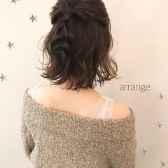 アンニュイほつれヘア ストリート 簡単ヘアアレンジ ミディアム ヘアスタイルや髪型の写真・画像