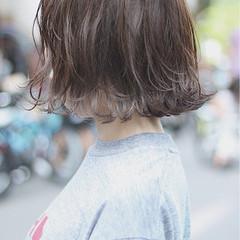 グレージュ ナチュラル オフィス ボブ ヘアスタイルや髪型の写真・画像