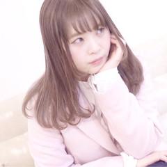 フェミニン ダブルカラー 外国人風カラー ブリーチ ヘアスタイルや髪型の写真・画像