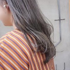 ナチュラル 地毛風カラー セミロング グレージュ ヘアスタイルや髪型の写真・画像