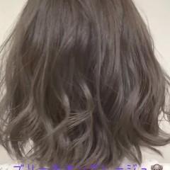 フェミニン ボブ アッシュグレージュ 暗髪 ヘアスタイルや髪型の写真・画像