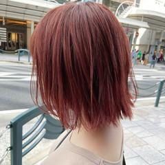 チェリーレッド カシスレッド レッドカラー レッド ヘアスタイルや髪型の写真・画像