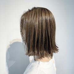 ナチュラル 3Dハイライト ハイライト 切りっぱなしボブ ヘアスタイルや髪型の写真・画像