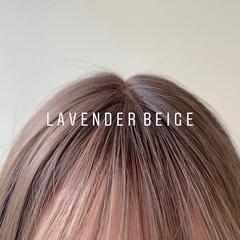 セミロング シアーベージュ ナチュラル ラベンダーカラー ヘアスタイルや髪型の写真・画像