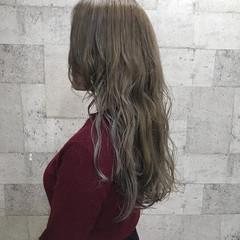 ダブルカラー ハイトーン 外国人風カラー エレガント ヘアスタイルや髪型の写真・画像