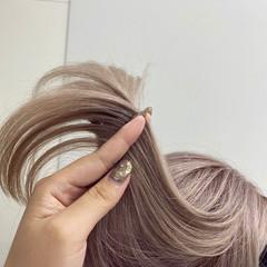 ガーリー ホワイトベージュ ハイトーンカラー ハイトーン ヘアスタイルや髪型の写真・画像
