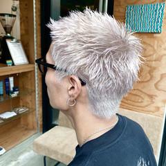 ベリーショート ホワイトカラー ハイトーンカラー ストリート ヘアスタイルや髪型の写真・画像