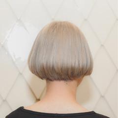 切りっぱなし アッシュ ナチュラル ボブ ヘアスタイルや髪型の写真・画像