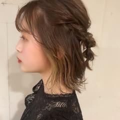 ミディアム インナーカラー ナチュラル セルフヘアアレンジ ヘアスタイルや髪型の写真・画像