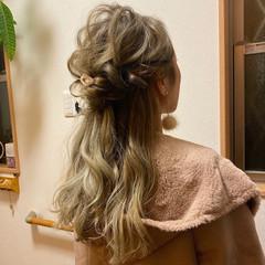 ロング モード 派手髪 ハイトーンカラー ヘアスタイルや髪型の写真・画像