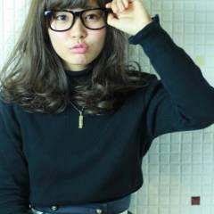 暗髪 モテ髪 ミディアム ストリート ヘアスタイルや髪型の写真・画像