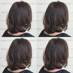 アッシュ ハイライト ブリーチなし ミディアム ヘアスタイルや髪型の写真・画像