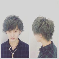 無造作 外ハネ 暗髪 ストリート ヘアスタイルや髪型の写真・画像