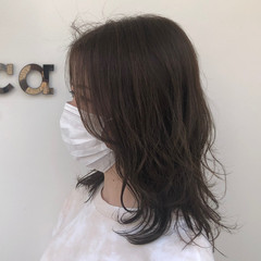 ナチュラル レイヤースタイル パーマ 無造作パーマ ヘアスタイルや髪型の写真・画像