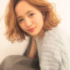 ゆるふわ モテ髪 ウェーブ フェミニン ヘアスタイルや髪型の写真・画像