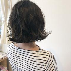 ロブ 外国人風 ミディアム 色気 ヘアスタイルや髪型の写真・画像