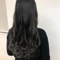 グラデーションカラー アッシュ グレージュ ブリーチ ヘアスタイルや髪型の写真・画像