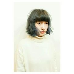 モード ブルージュ イルミナカラー ボブ ヘアスタイルや髪型の写真・画像