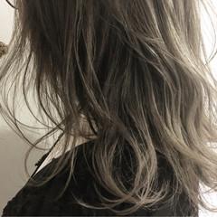 ナチュラル ハイライト デート アッシュ ヘアスタイルや髪型の写真・画像