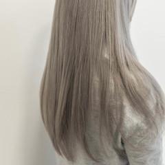 艶髪 ベージュカラー エレガント ミルクティーベージュ ヘアスタイルや髪型の写真・画像