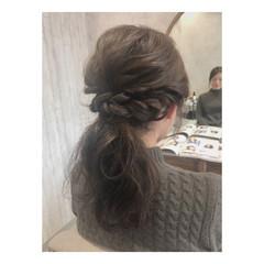 簡単ヘアアレンジ 結婚式 ナチュラル セミロング ヘアスタイルや髪型の写真・画像
