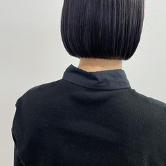グレージュ 切りっぱなしボブ ナチュラル モテボブ ヘアスタイルや髪型の写真・画像