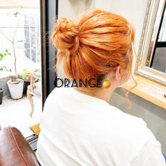 オレンジベージュ 切りっぱなしボブ ミディアム アプリコットオレンジ ヘアスタイルや髪型の写真・画像