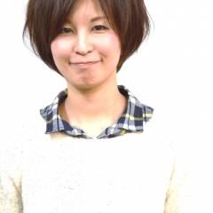 フェミニン 秋 ショート ストレート ヘアスタイルや髪型の写真・画像