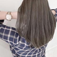 ミディアム ナチュラル 大人ハイライト 透明感カラー ヘアスタイルや髪型の写真・画像