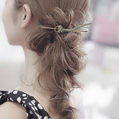 簡単ヘアアレンジ ナチュラル デート ヘアアレンジ ヘアスタイルや髪型の写真・画像