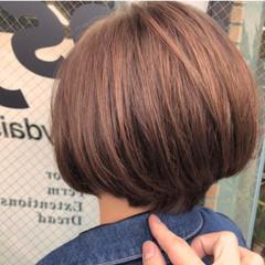 ナチュラル ショートヘア 透明感カラー イルミナカラー ヘアスタイルや髪型の写真・画像