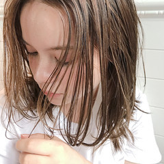 エフォートレス ミディアム ヘアアレンジ オフィス ヘアスタイルや髪型の写真・画像